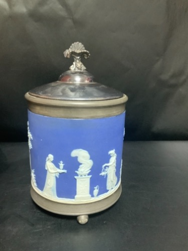 웨지우드 제스퍼웨어 코발 블루 딥 비스킷 잘 Wedgwood Jasperware Cobalt Blue Dip Biscuit Jar with Pewter Base and Top ring circa 1867 - AS IS