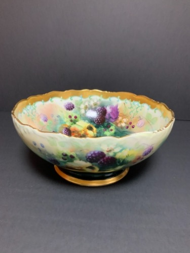 Tressmane & Vogt 리모지 핸드페인트 센터 보울 Tressmane & Vogt Hand Painted Center bowl Circa 1890