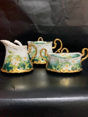 Tressmane & Vogt 리모지 공장 데코 핸드페인트 티팟/크리머/슈거 Tressmane & Vogt Factory Decorated Hand Painted Tea Pot & Sugar & Creamer Set circa 1892-1902